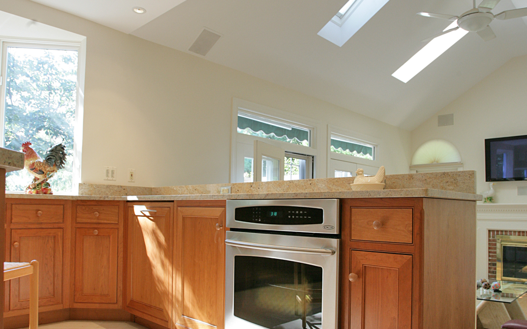 The vaulted ceilings in the family room can now be appreciated in the kitchen